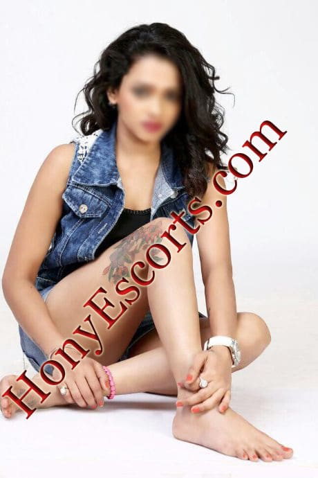 call girl service in noida
